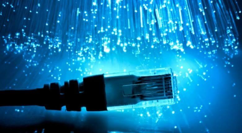 Τεχνολογικός εκσυγχρονισμός 98 δημοσίων νοσοκομείων με τοποθέτηση οπτικών ινών