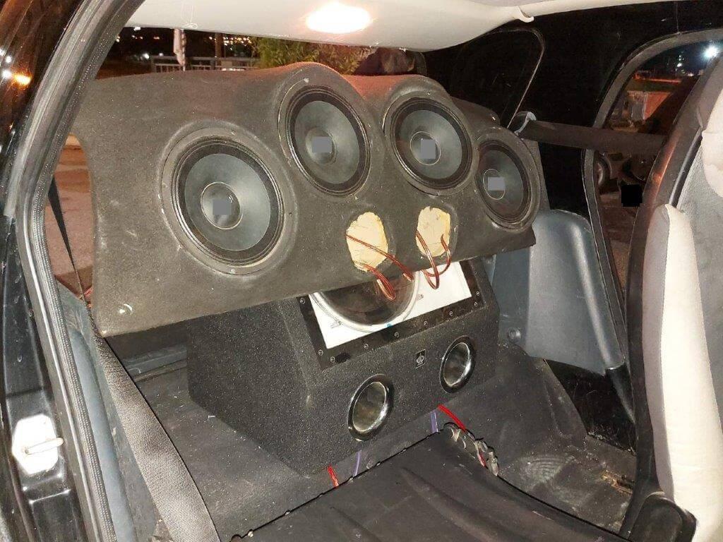 8 συλλήψεις για πρόκληση υπερβολικών θορύβων από οχήματα (ηχοσυστήματα – εξατμίσεις)