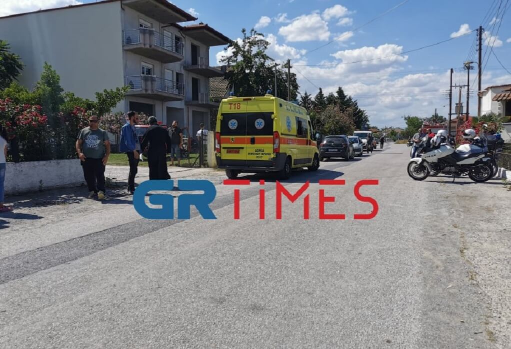 Τραγωδία στη Θεσσαλονίκη: 18 μηνών μωρό ξέφυγε των παππούδων του και έπεσε σε βόθρο