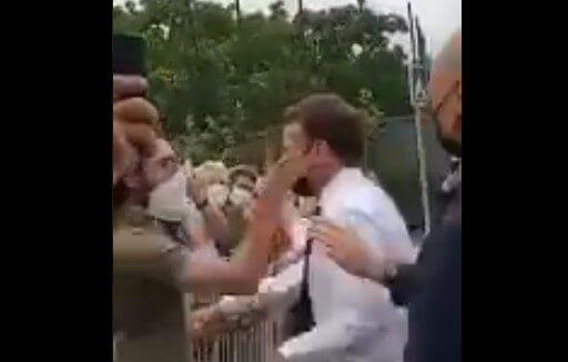 Γαλλία: Πολίτης χαστούκισε τον Μακρόν