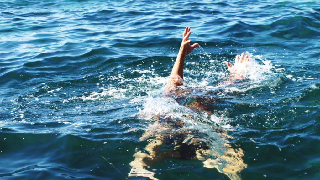 Θάνατοι λουόμενων σε Χαλκίδα, Νέα Πέραμο και Ραφήνα
