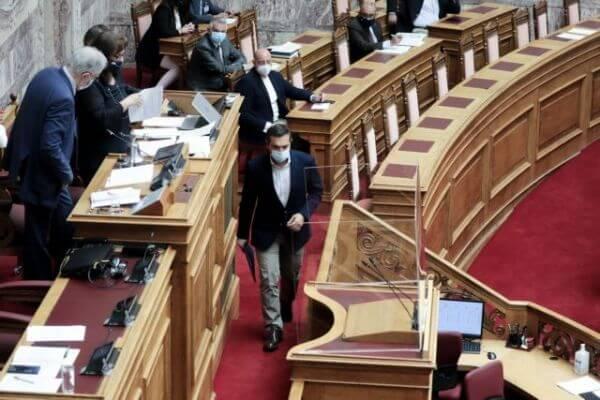 Βουλή: Διαπληκτισμός Τσίπρα-Τασούλα - Έντονες αποδοκιμασίες