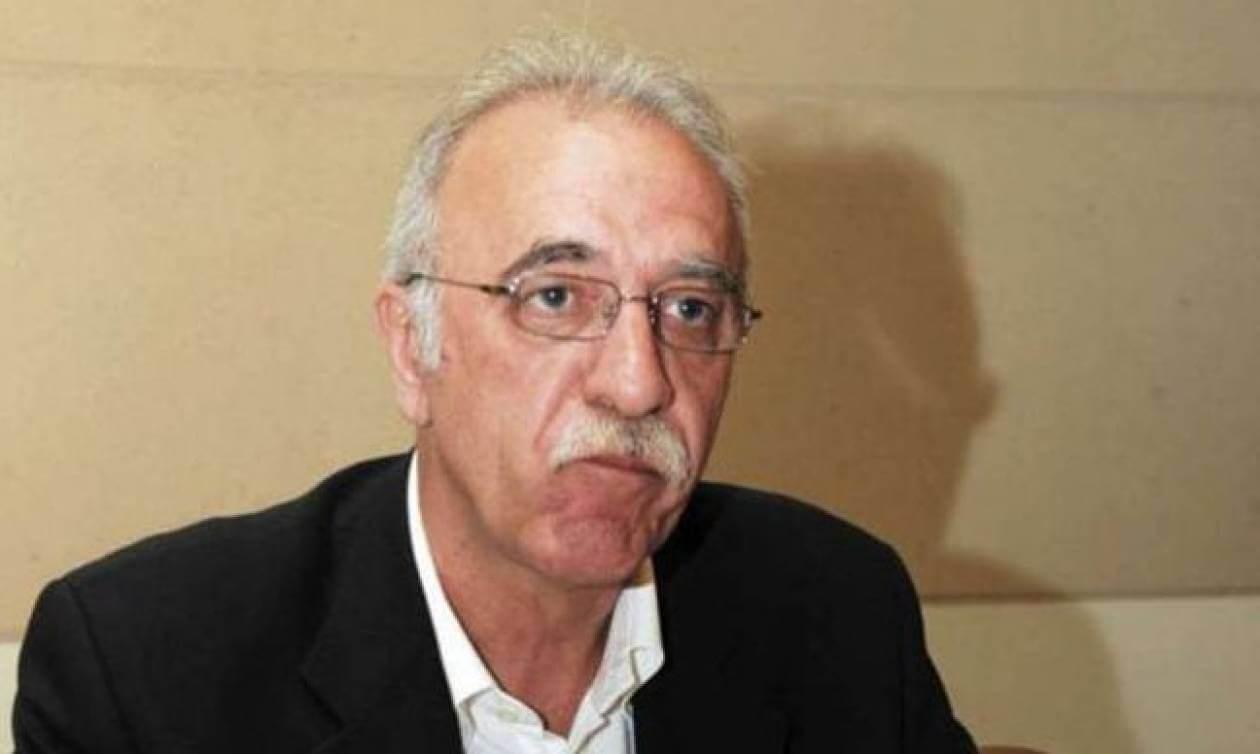 Επικός Βίτσας: Ας ρωτήσουμε τον κόσμο γιατί δεν οργανώνεται στον ΣΥΡΙΖΑ και ας μας πουν μ@λ@κες