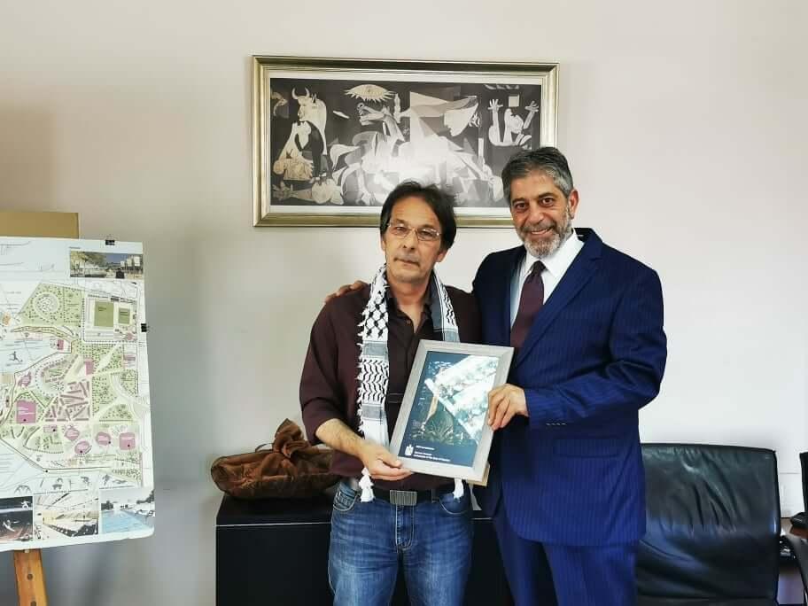 Κερατσίνι: Με τον πρέσβη της Παλαιστίνης συναντήθηκε ο Χρήστος Βρεττάκος