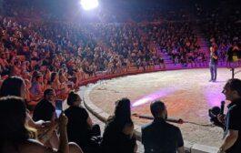 Αλέξανδρος Τσουβέλας: Οι «παρενέργειες» της κωμικής παράστασής του! (Εικόνες)