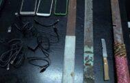 Φυλακές Κορυδαλλού: Βρήκαν από κατσαβίδια μέχρι...σπαθιά
